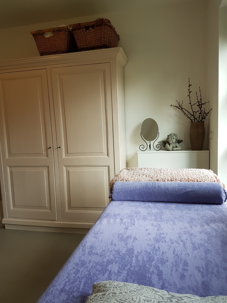 massagetafel praktijk Levico